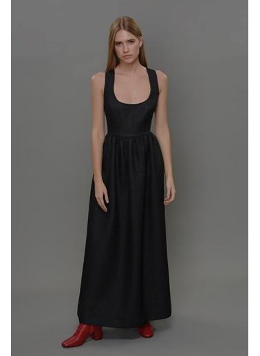 Faraway Arkası Çapraz Bantlı Maksi Elbise Siyah